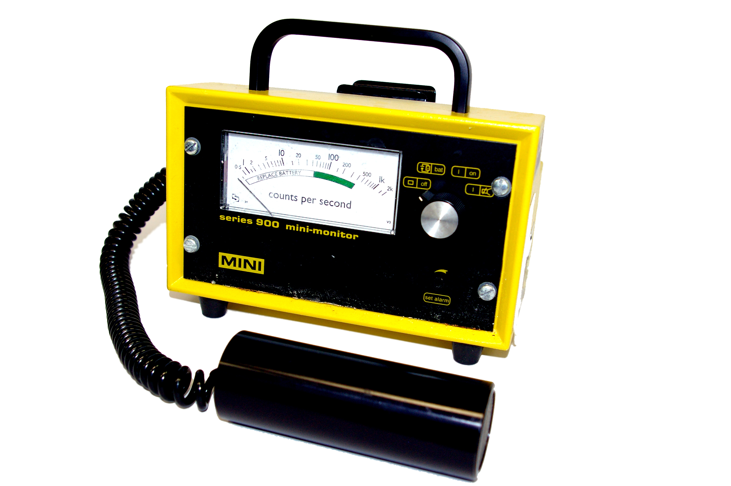 File:Portable Geiger counter series 900 mini-monitor.jpg