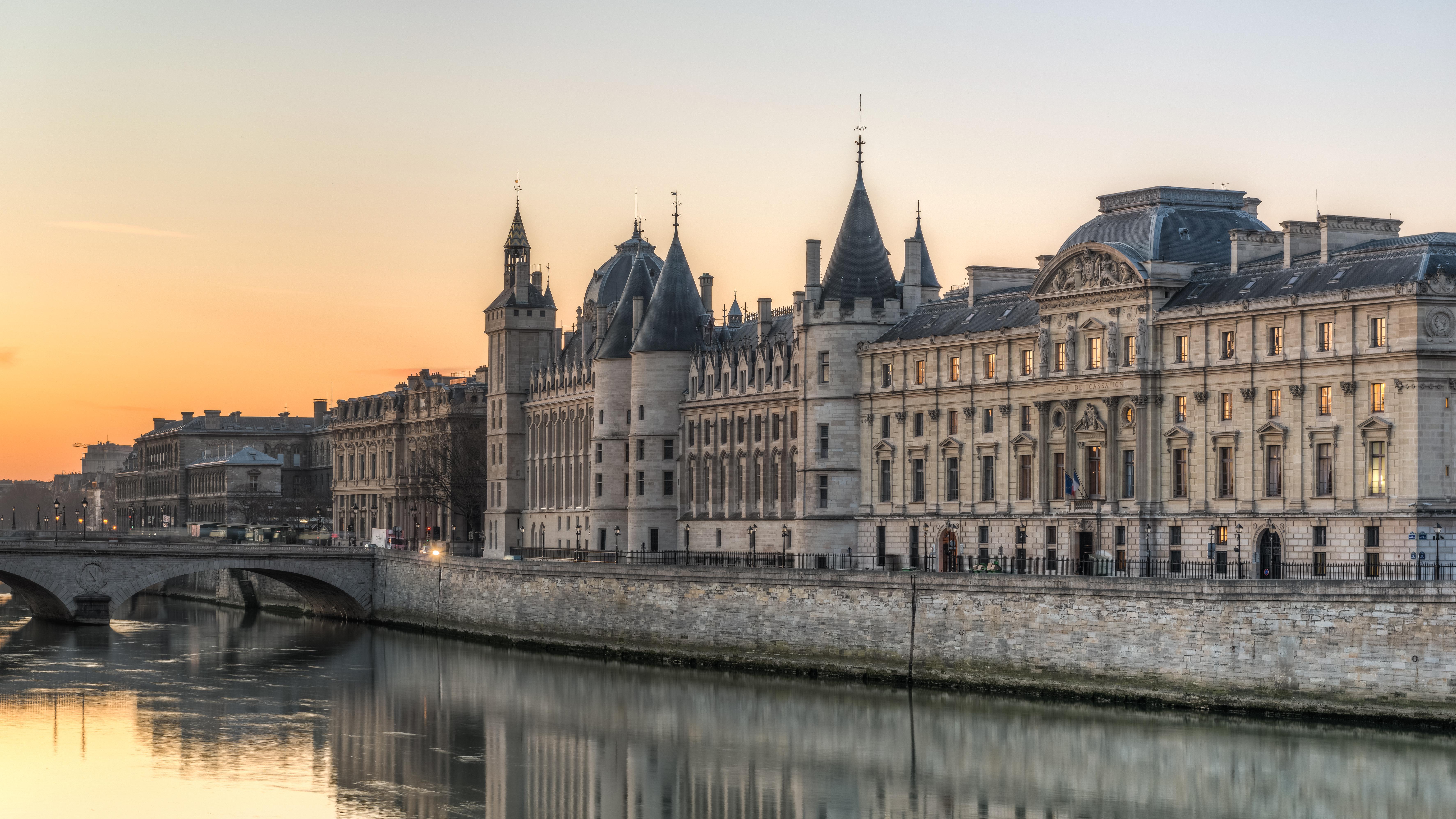 File quai de l 39 horloge paris le de france wikimedia commons - L eclat de verre paris ...