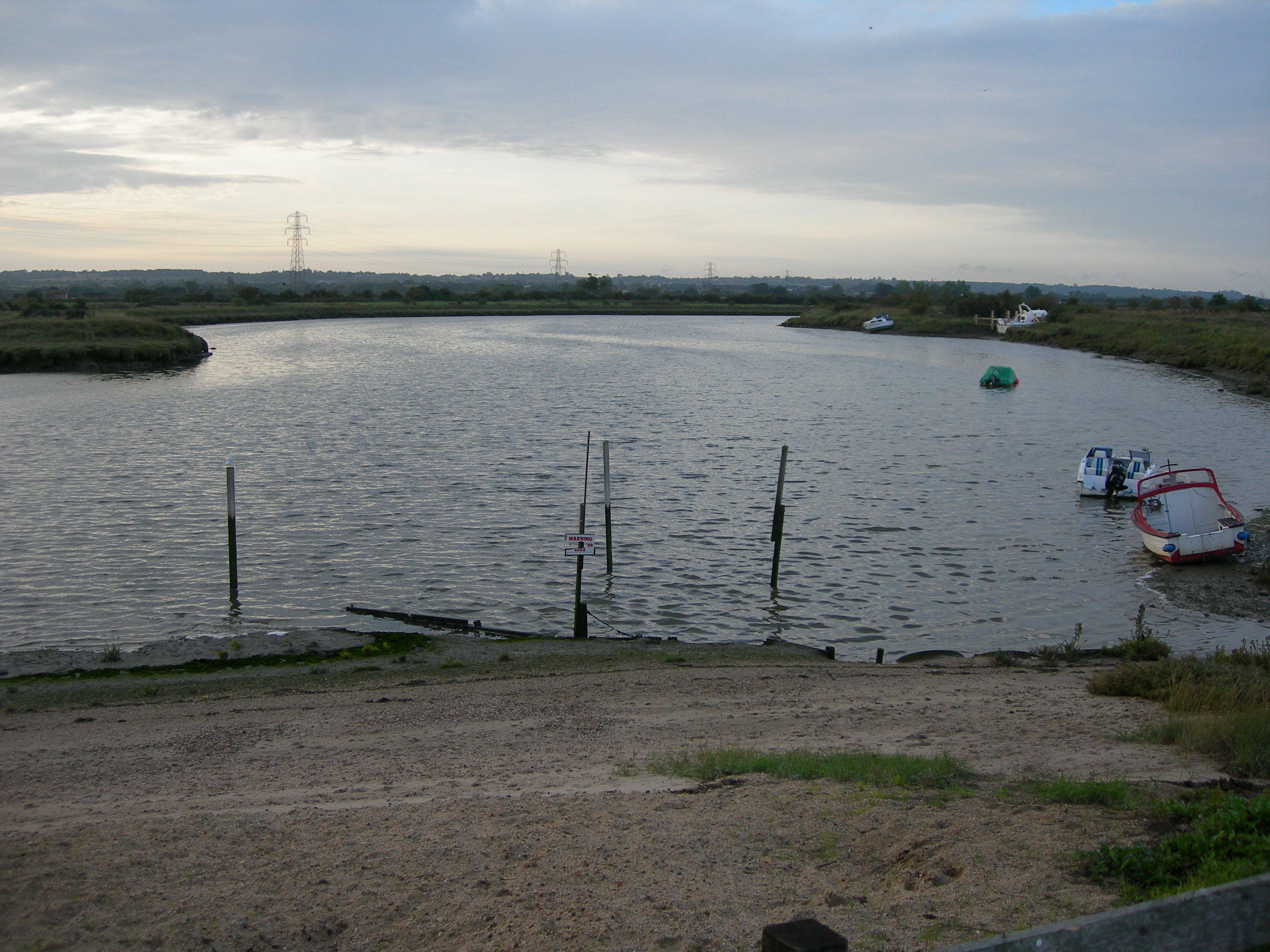 File:River Crouch - Hayes Farm Slipway - panoramio jpg