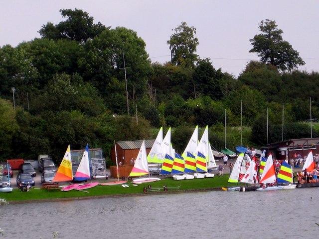 Sailing club and school Sutton Bingham reservoir - geograph.org.uk - 942140