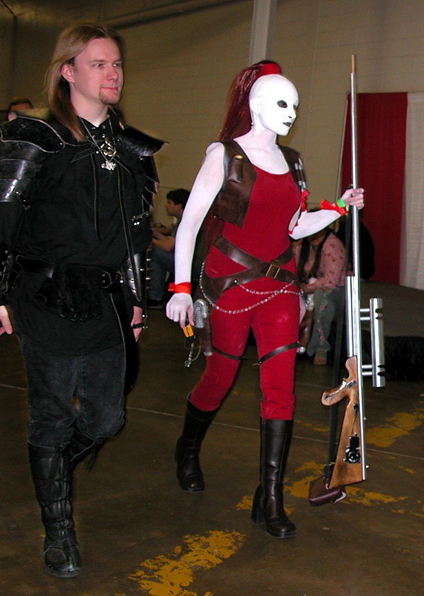 File:Star wars convention white head bounty hunter.jpg