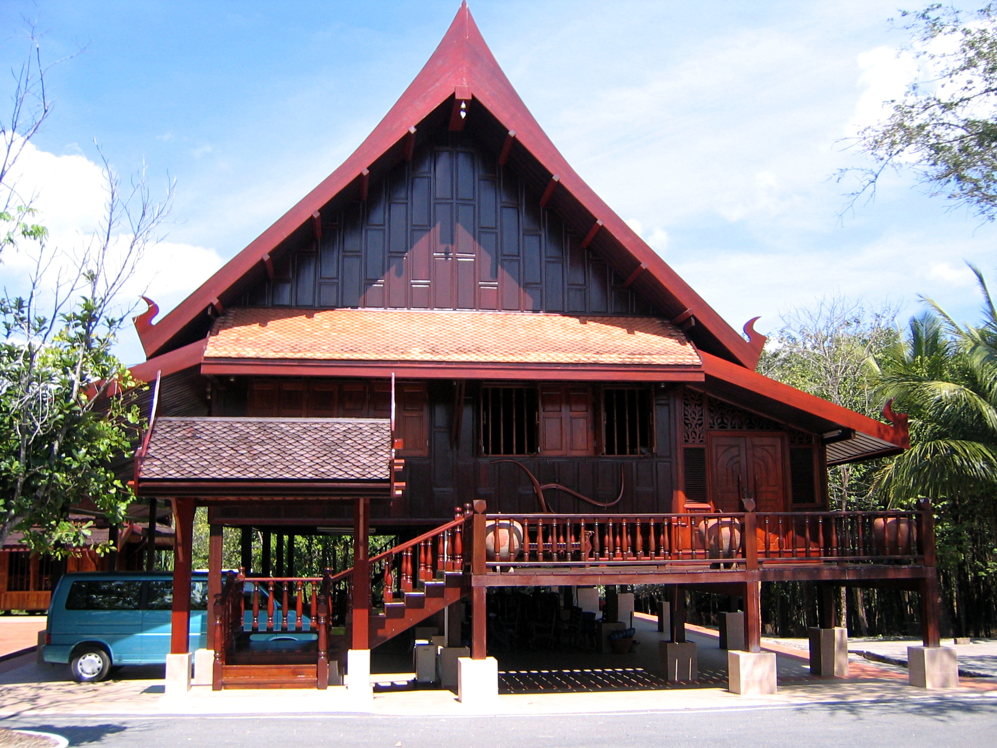 File thai traditional house on stilts trat for Thai modern house style