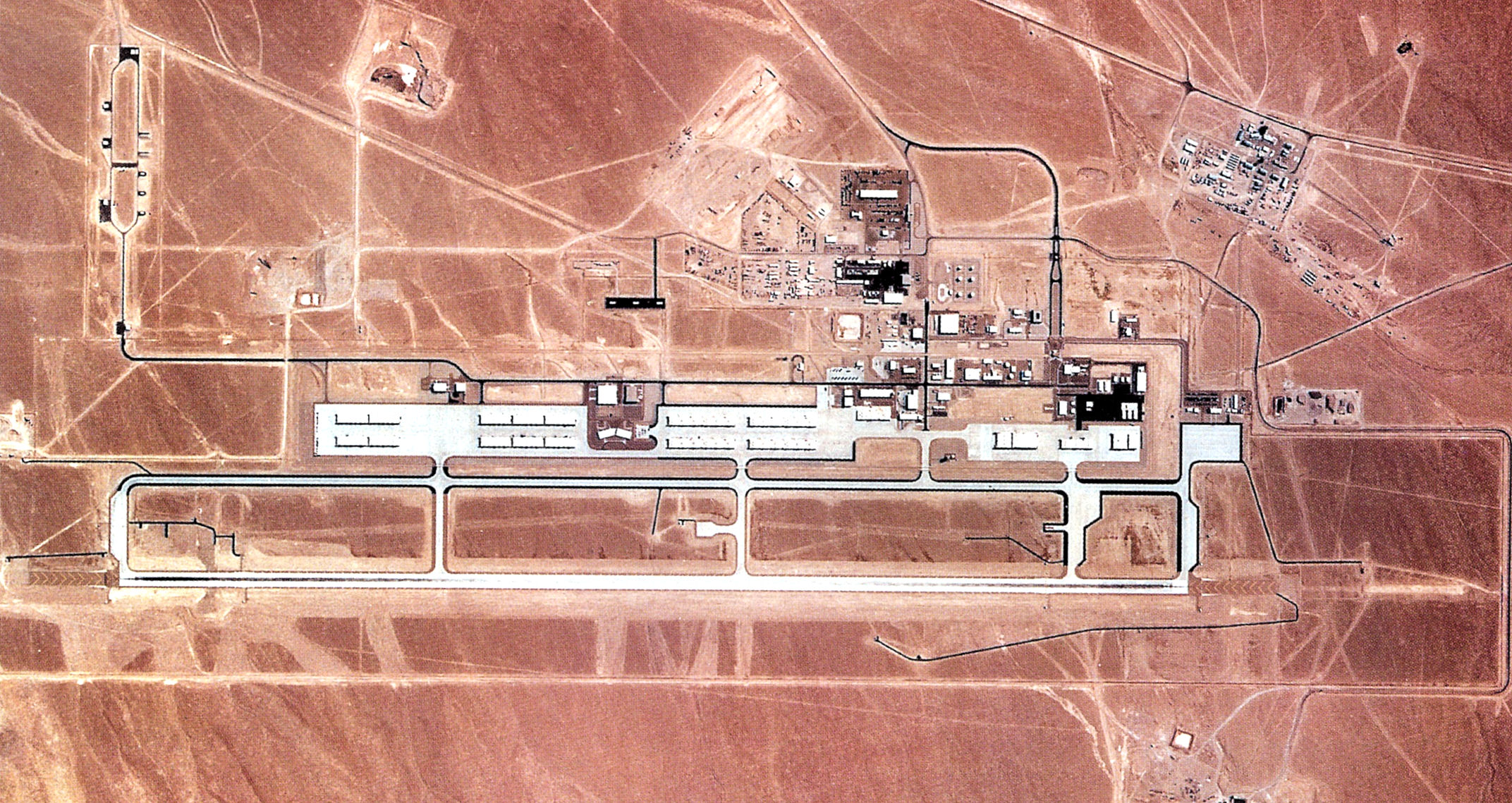 Tonopah (NV) United States  city photos gallery : Tonopah Test Range Airport 1990 Wikimedia Commons