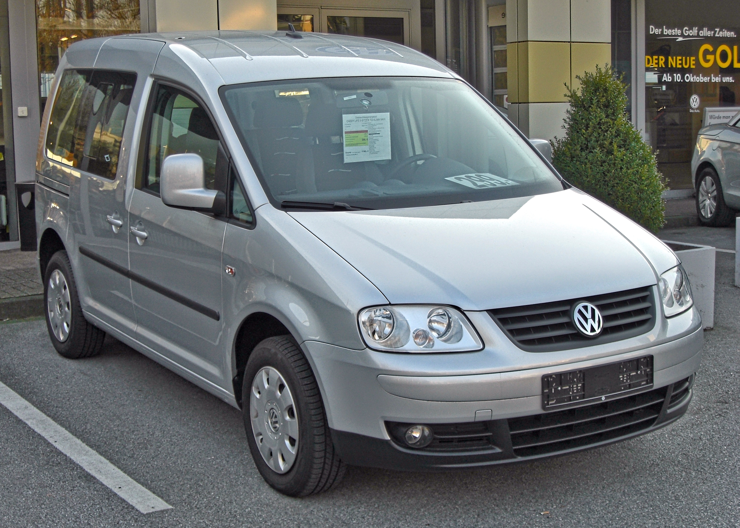 File:VW Caddy Life III 20090321 front.jpg - Wikimedia Commons