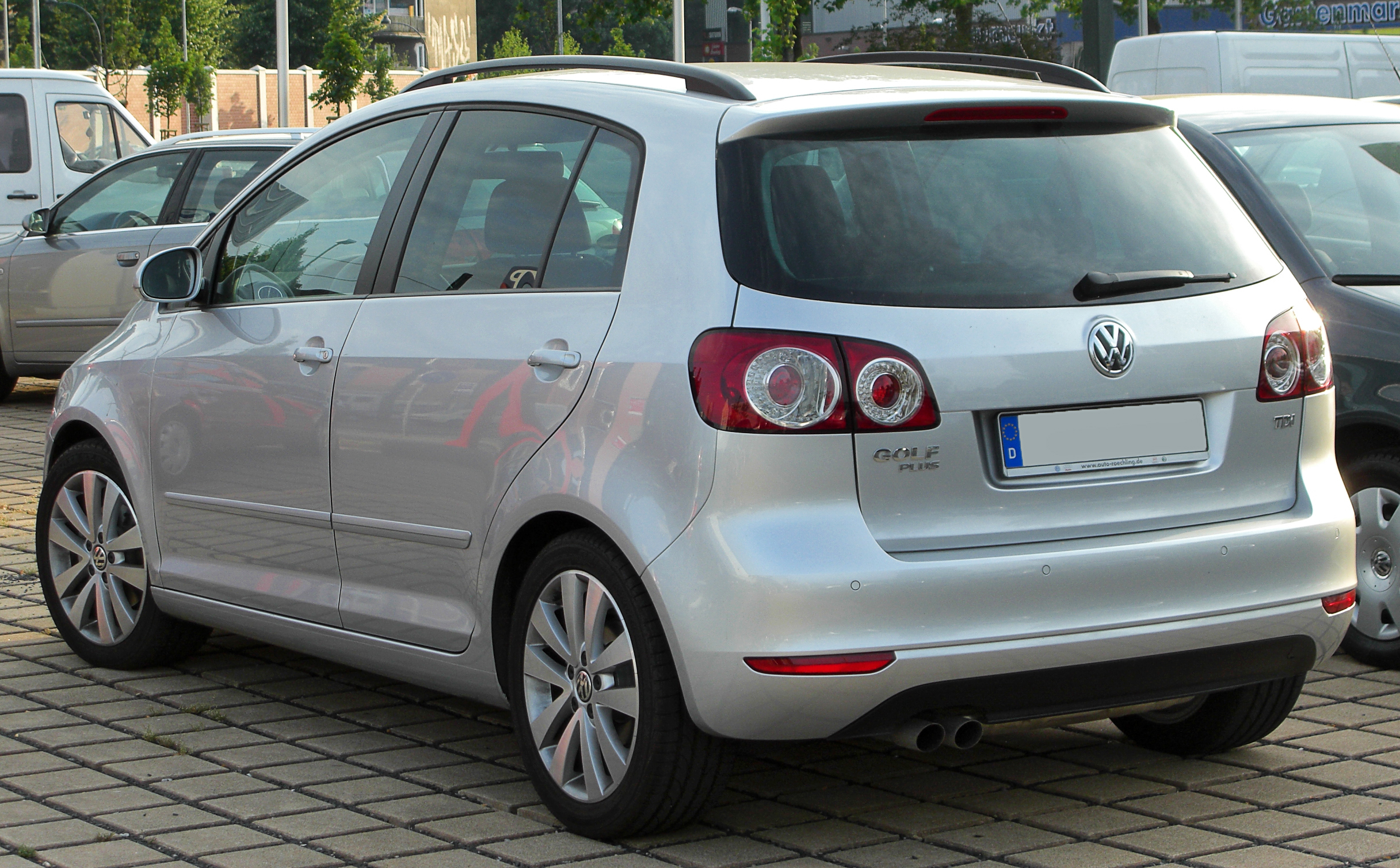 File:VW Golf Plus 2.0 TDI Facelift rear 20100710.jpg ...