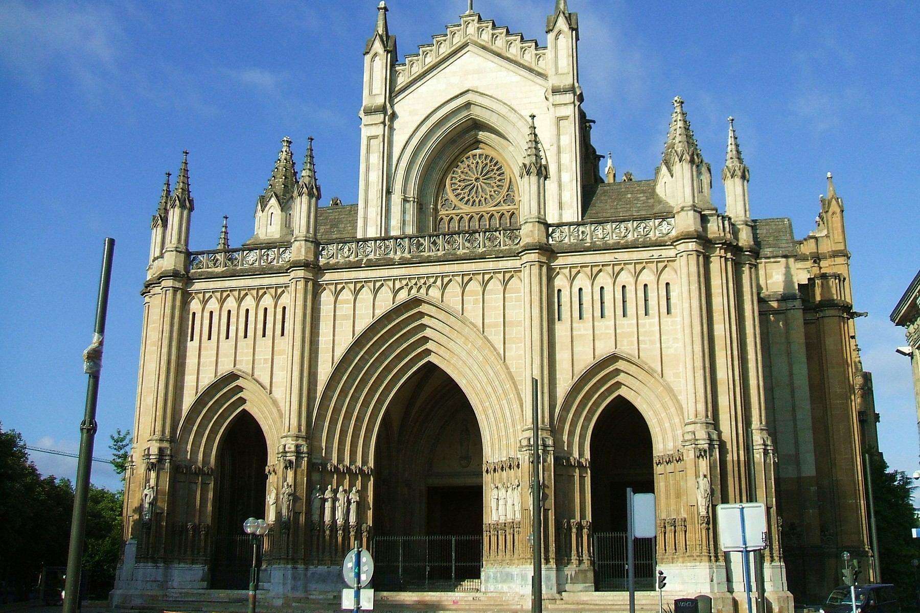 Fitxategi vitoria catedra nueva 0000 jpg wikipedia - Arquitectura pais vasco ...
