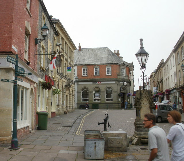 Wider High Street, Shepton Mallet - geograph.org.uk - 2053484