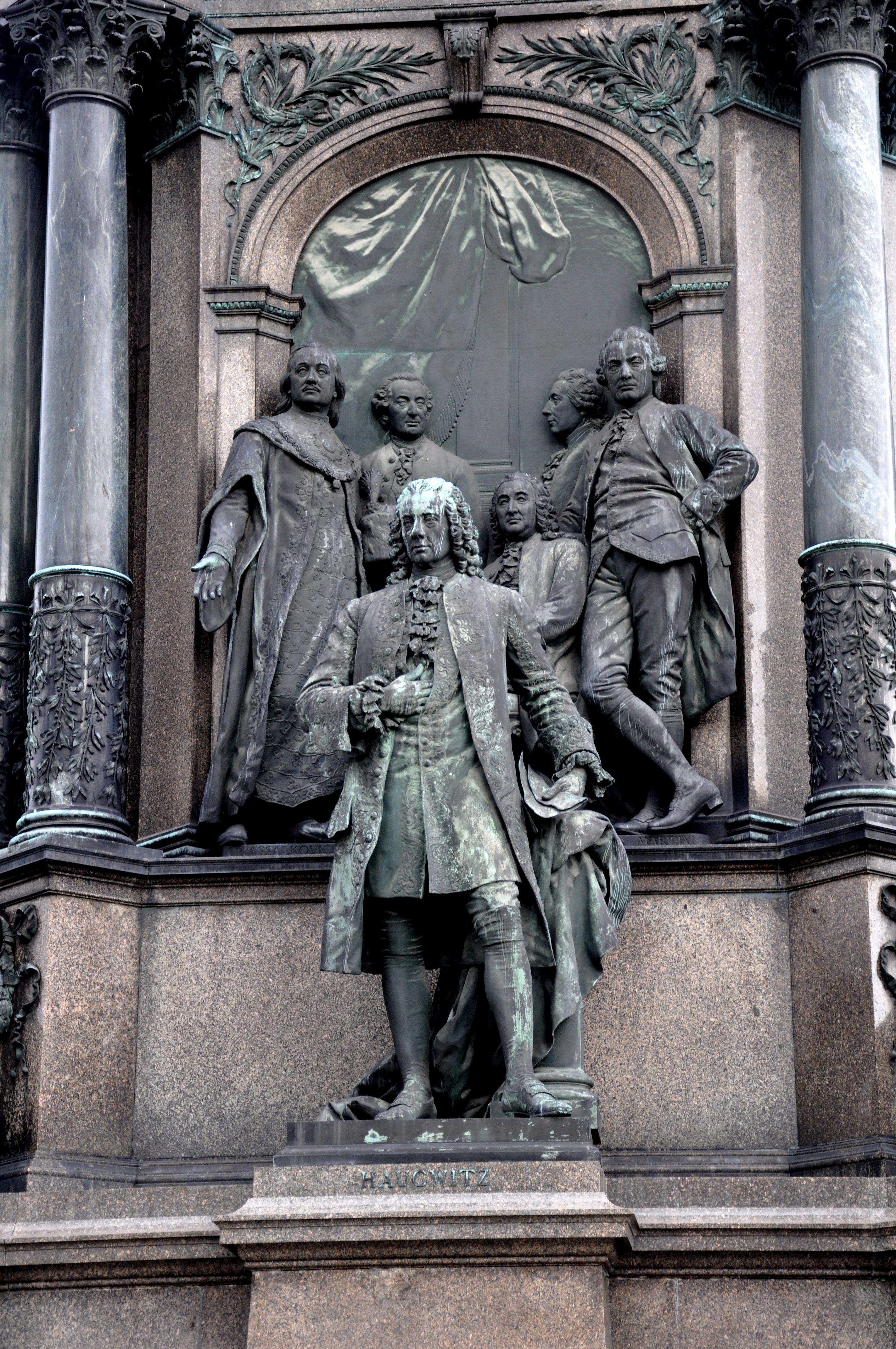 Wien Maria-Theresien-Denkmal Friedrich Wilhelm von Haugwitz.jpg