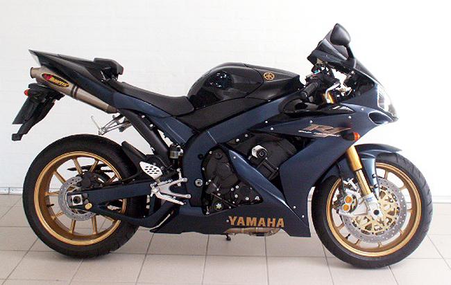 Yamaha R Exhaust Sound