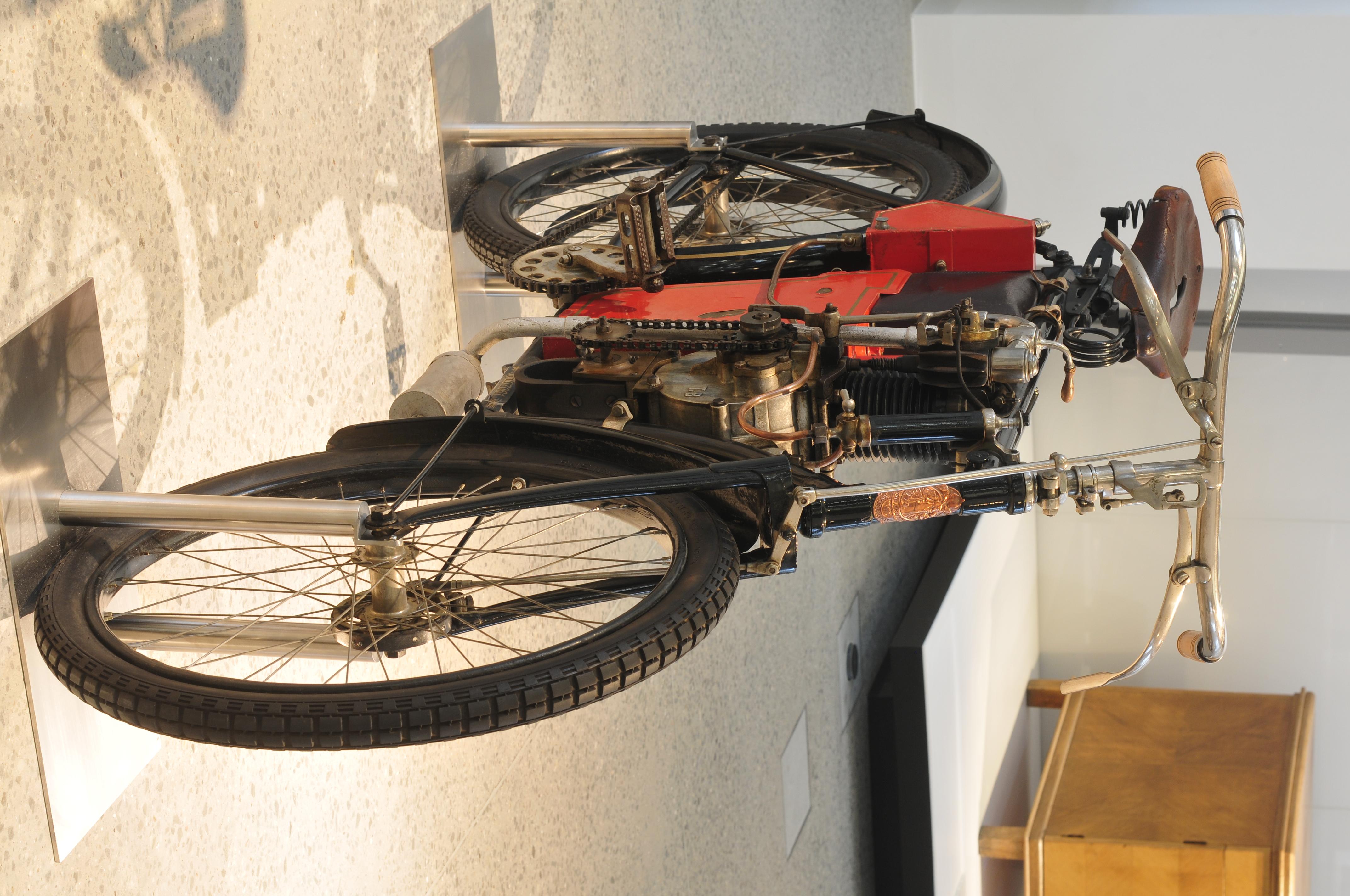 13-04-05-Skoda Museum Mladá Boleslav by RalfR-048.jpg