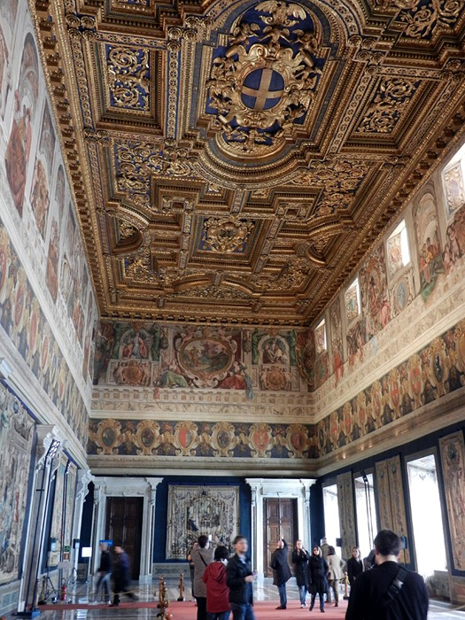 Seven hills of rome for Sala 976 latin palace