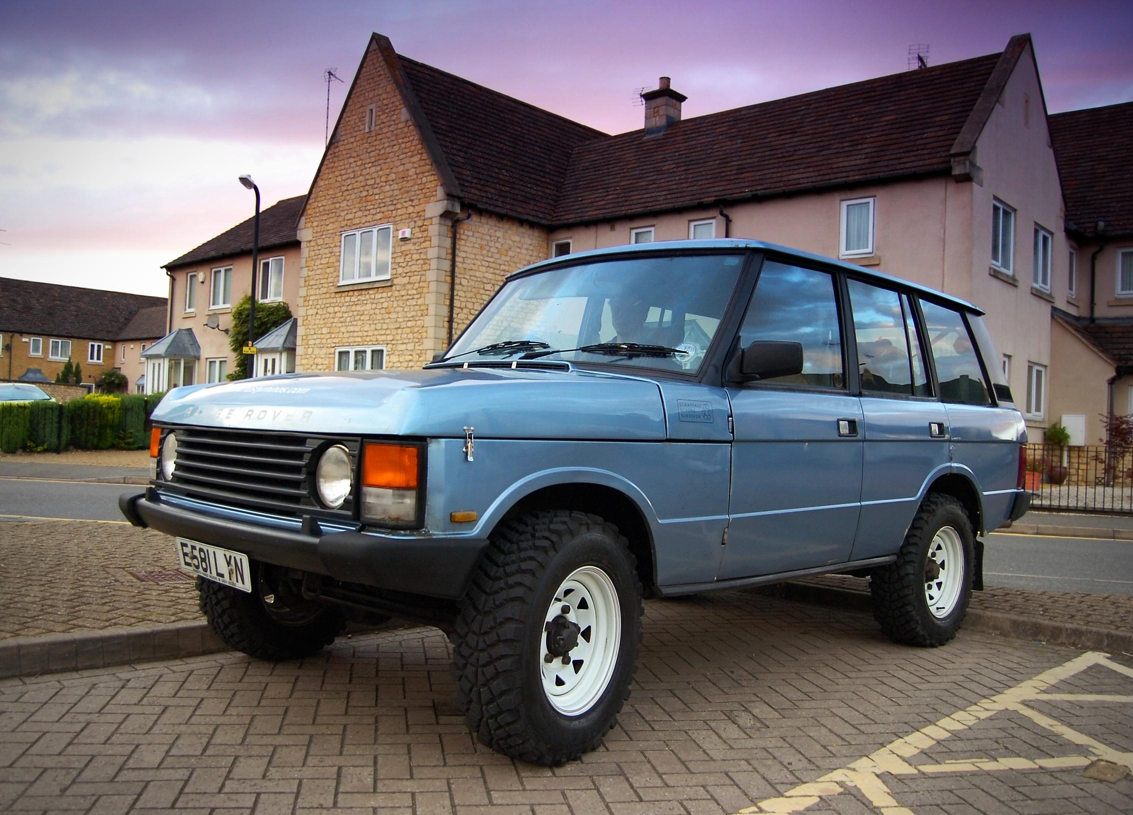 File 1987 Range Rover Minus Skirts Jpg Wikimedia Commons