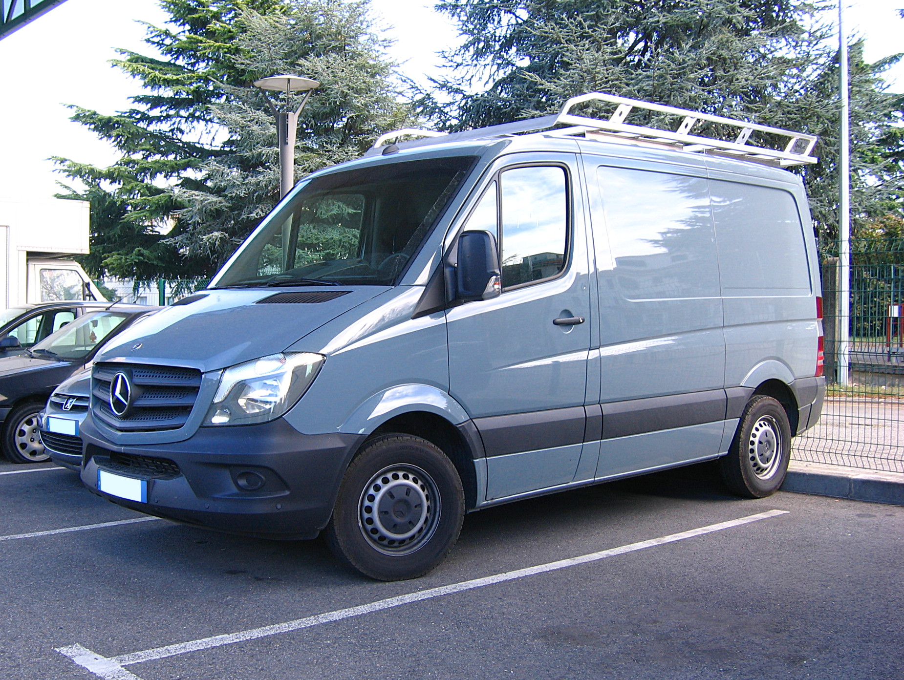 File 2014 Mercedes Benz Sprinter Short Panel Model Fl
