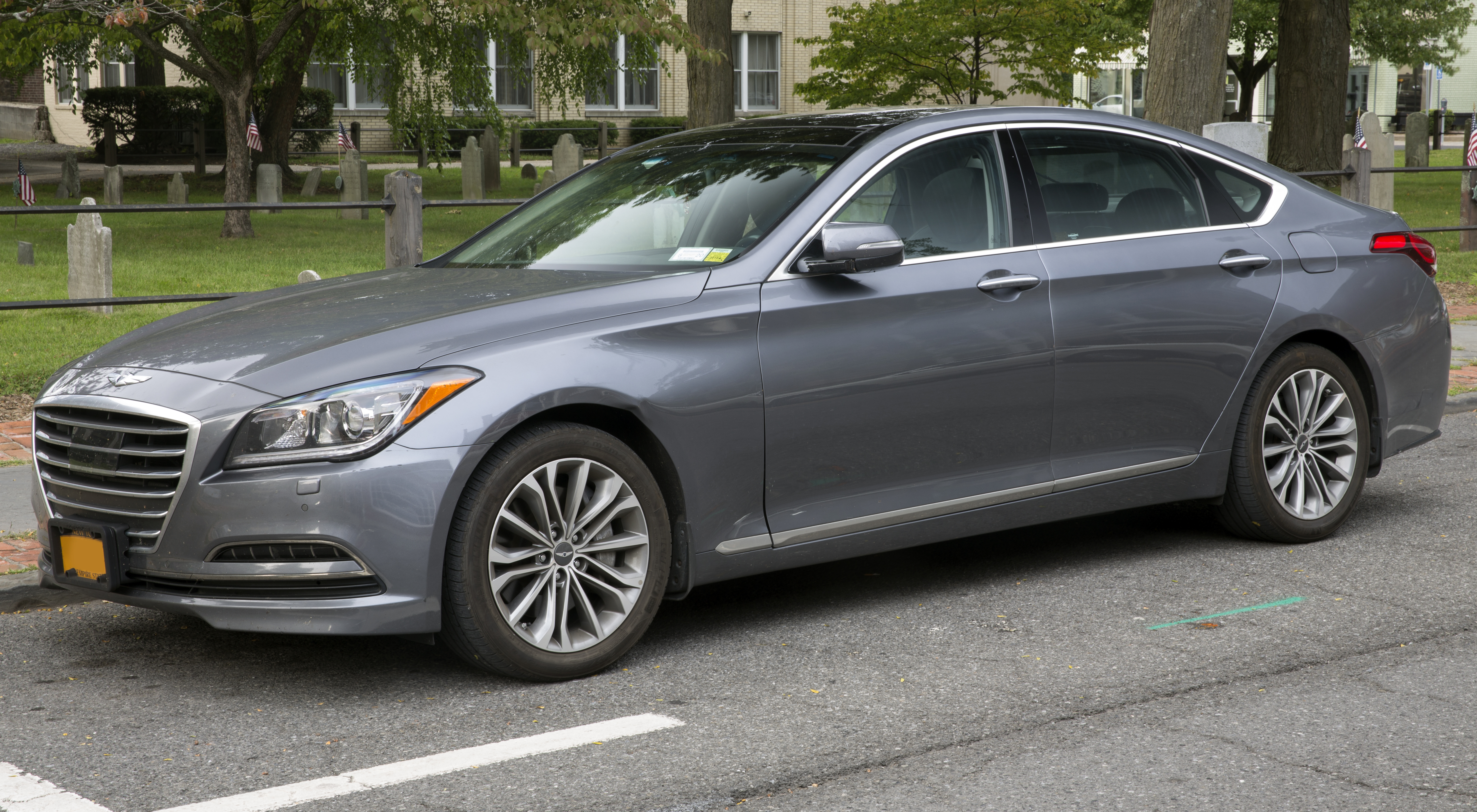 File 2015 Hyundai Genesis 3 8 Awd In Urban Grey Metallic Front Left Jpg Wikimedia Commons