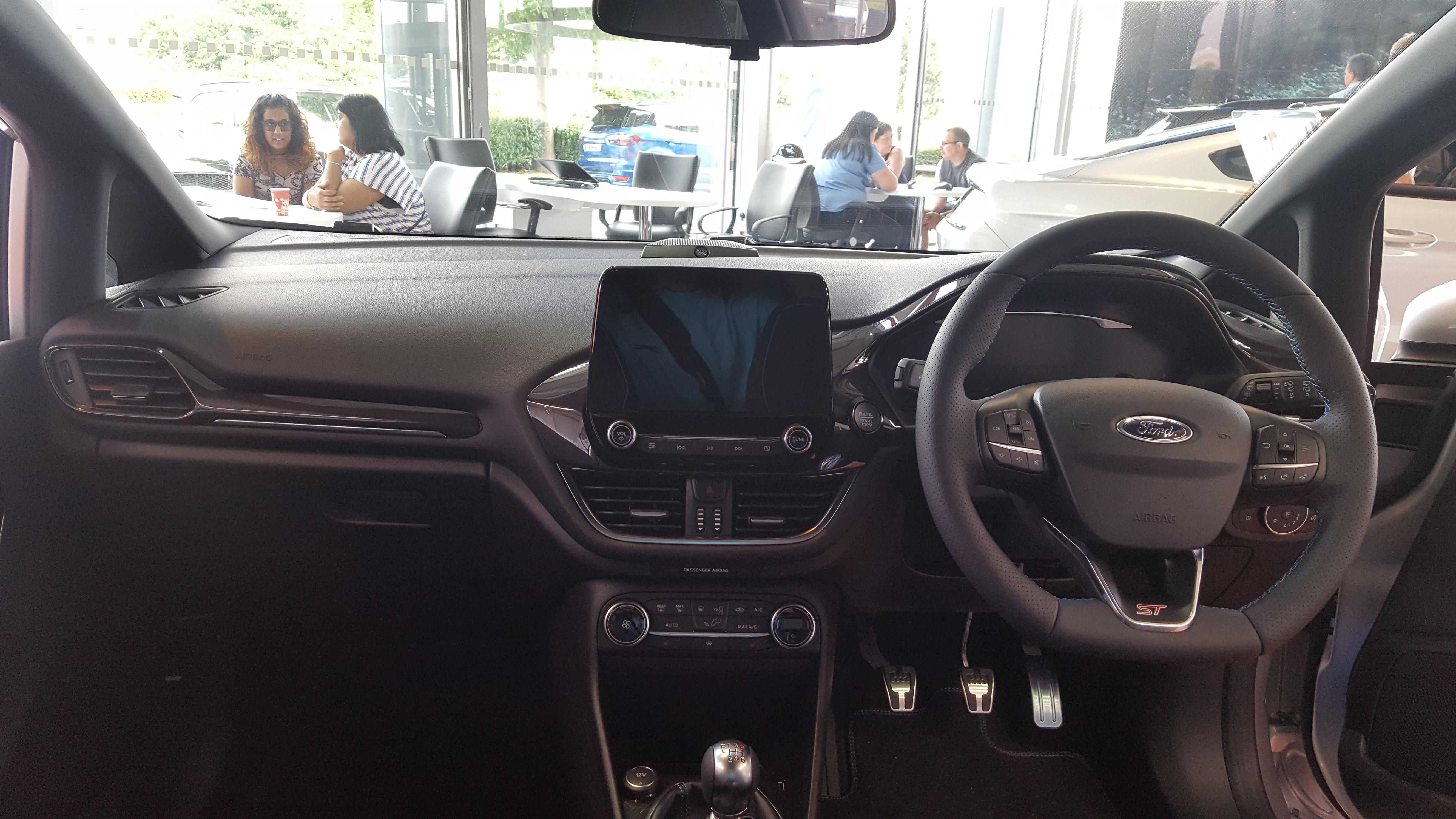 File:2018 Ford Fiesta ST 1.5 Interior