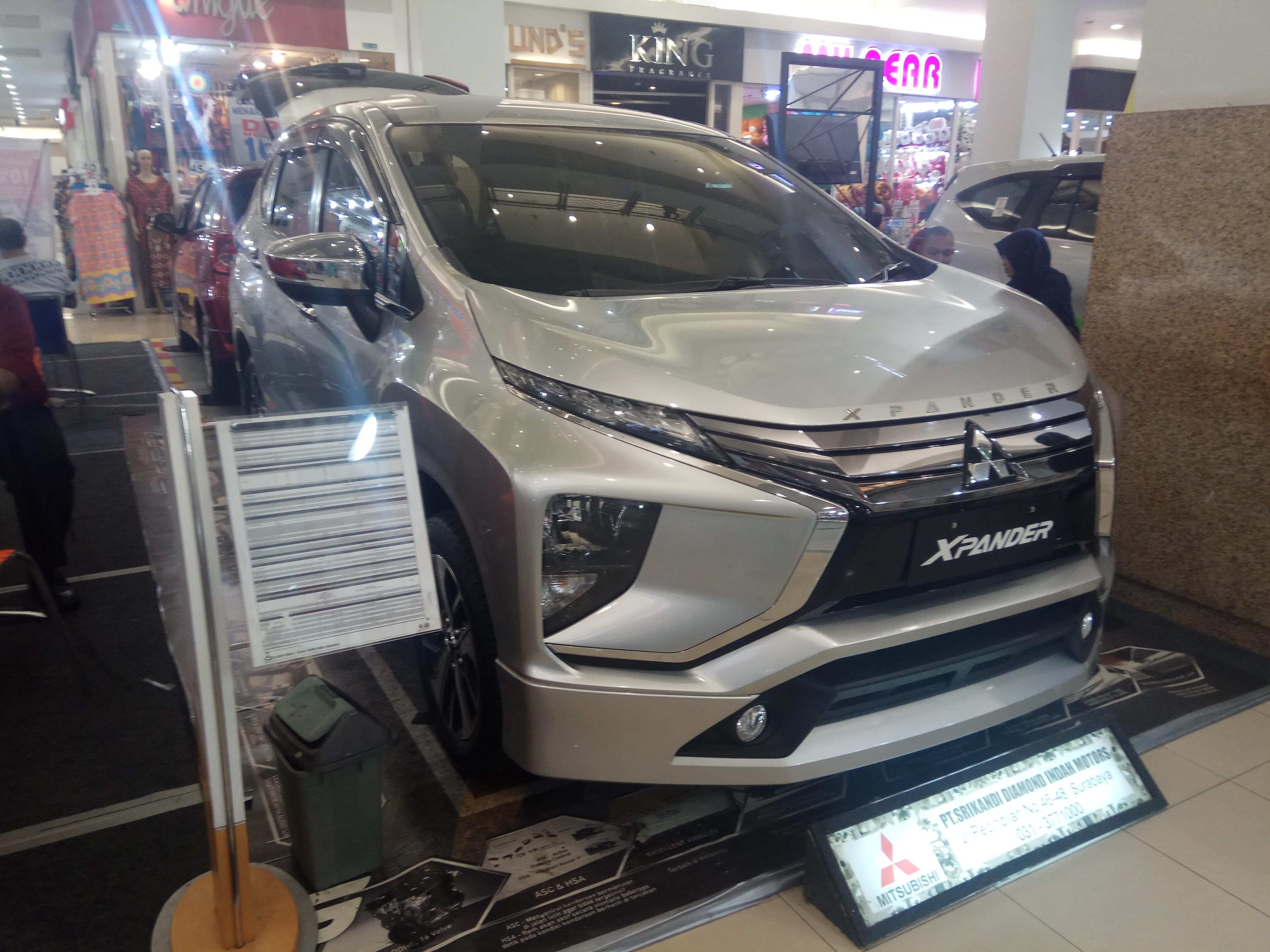 File:2018 Mitsubishi Xpander with Original Accessories