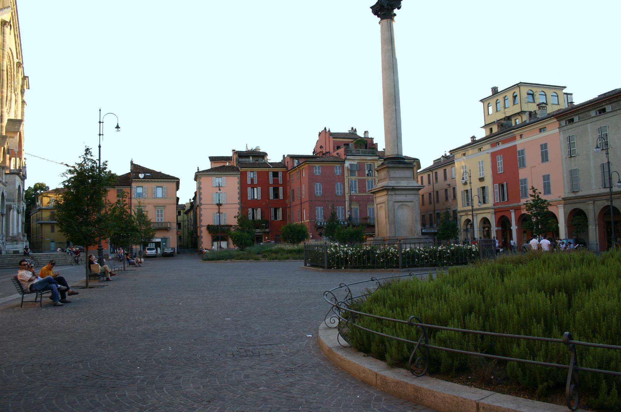 Awesome Dimensione Casa Piacenza Ideas - Ridgewayng.com ...