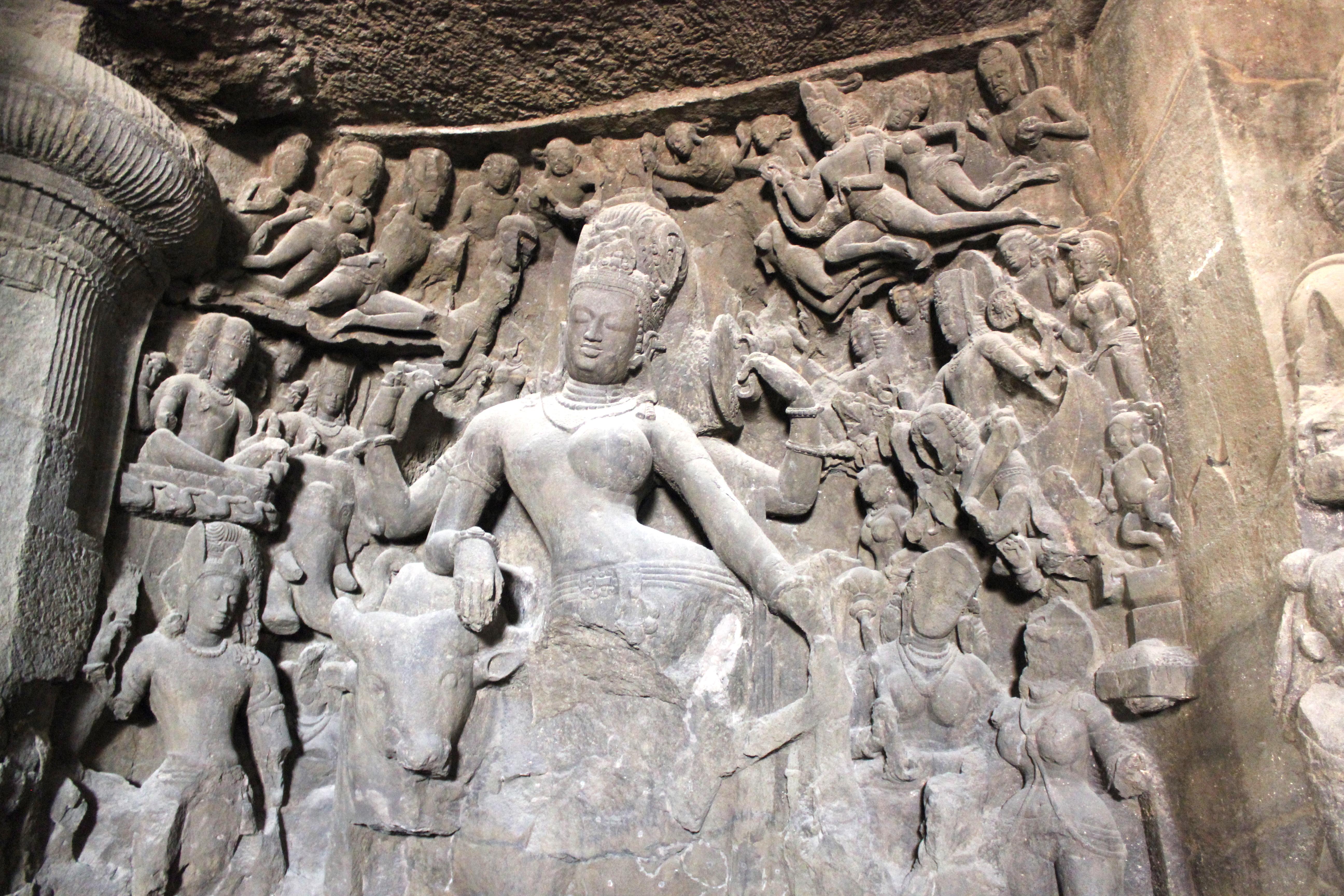 https://upload.wikimedia.org/wikipedia/commons/c/ca/Ardhanarishvara_half_Shiva_half_Parvati%2C_Elephanta_Caves.jpg