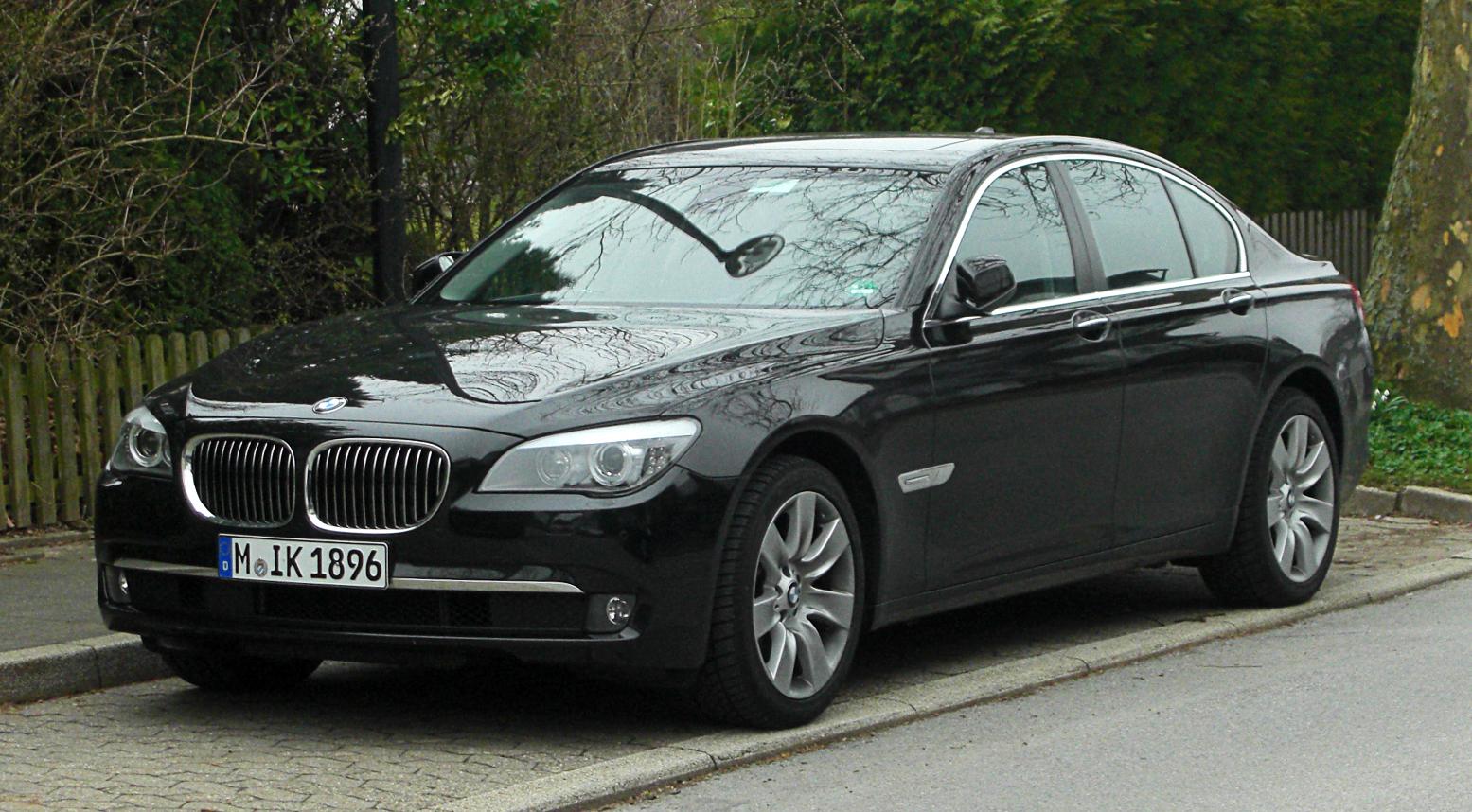 BMW M Series >> File:BMW 730d (F01) – Frontansicht, 17. März 2011 ...