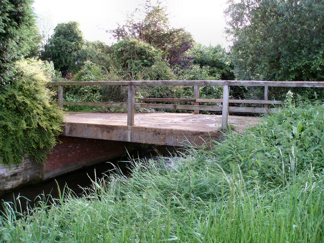 Bridge at Lower Grove Mill - geograph.org.uk - 451268
