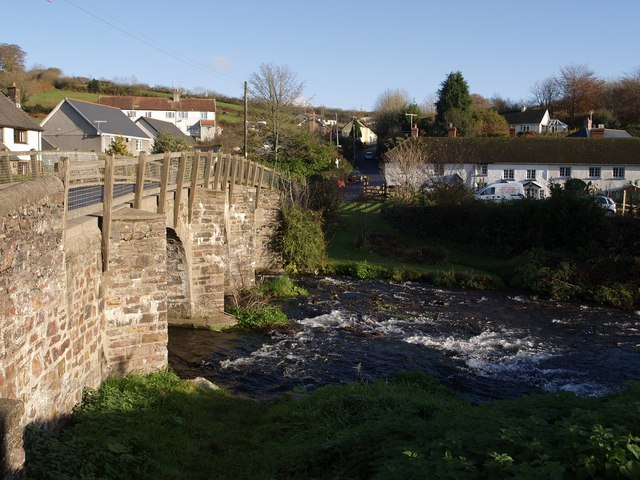 Bridge over the Mole - geograph.org.uk - 619959