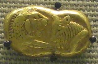 Goldmünze des Krösus im Britischen Museum London, ca. 550 v. Chr., Foto: BabelStone, Wikipedia