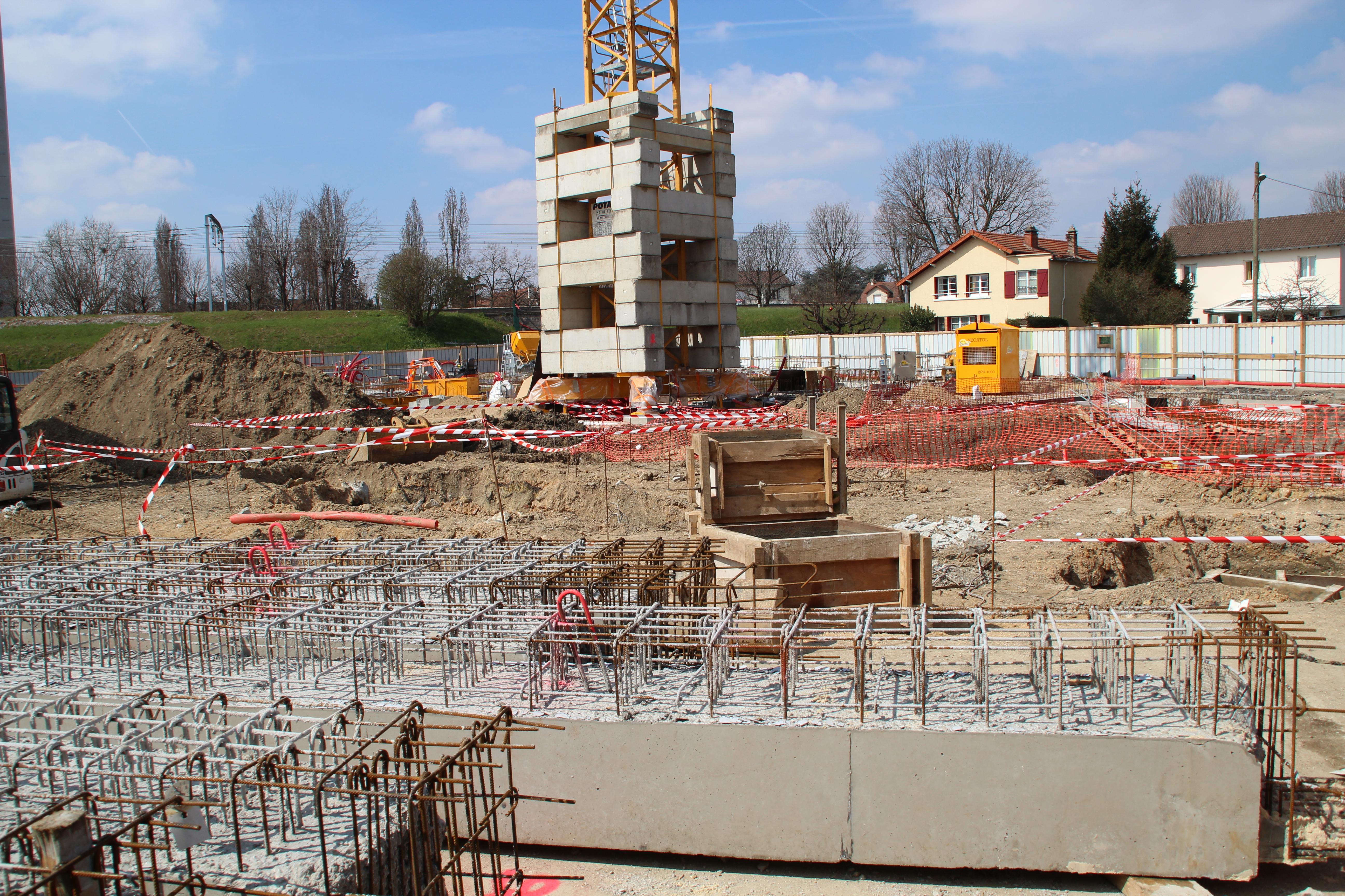File chantier de construction du complexe associatif for Chantiers de construction