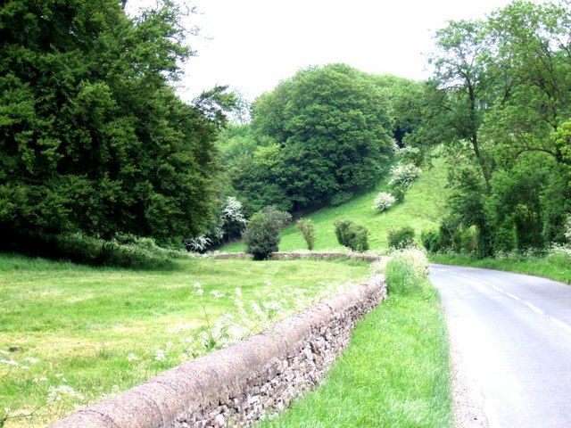 Country road near Eyford - geograph.org.uk - 181272