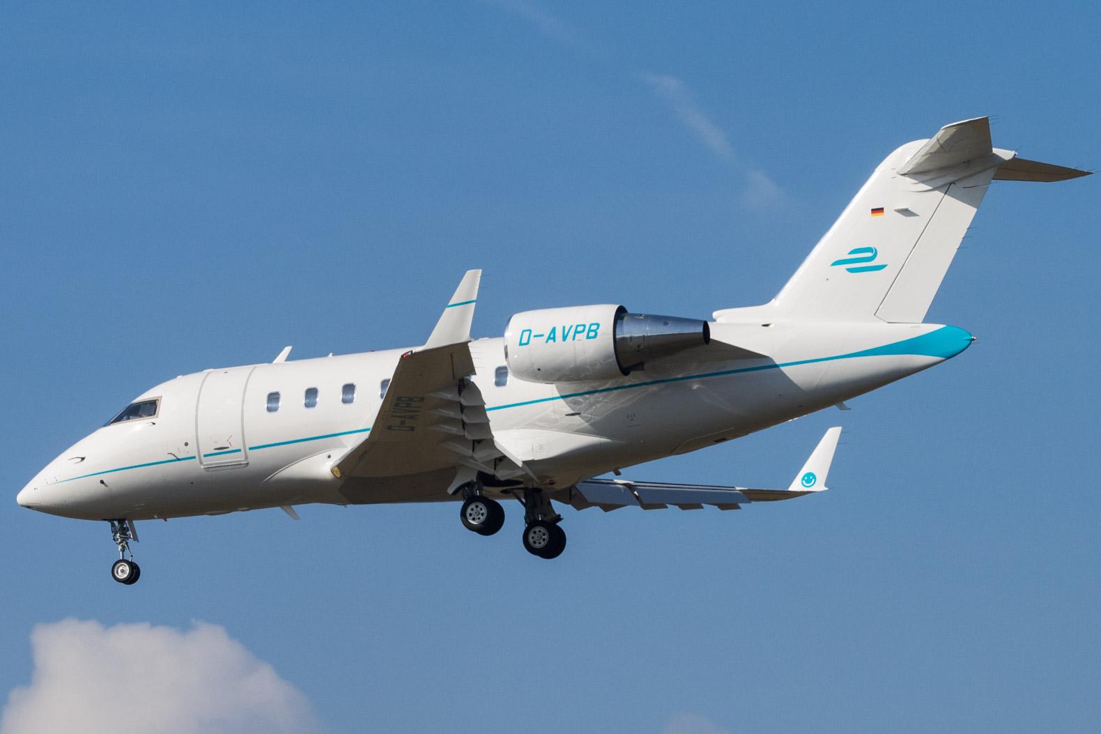File:D-AVPB Bombardier CL-600-2B16 Challenger 605 CL60 - MHV