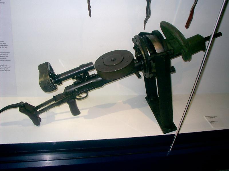 Пулемёт Дегтярёва танковый с прицелом и бронемаской в музее Бундесвера