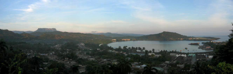 DirkvdM baracoa panorama.jpg