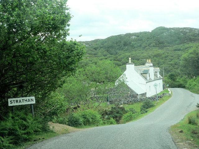 File:Entrance to Strathan village - geograph.org.uk - 502654.jpg
