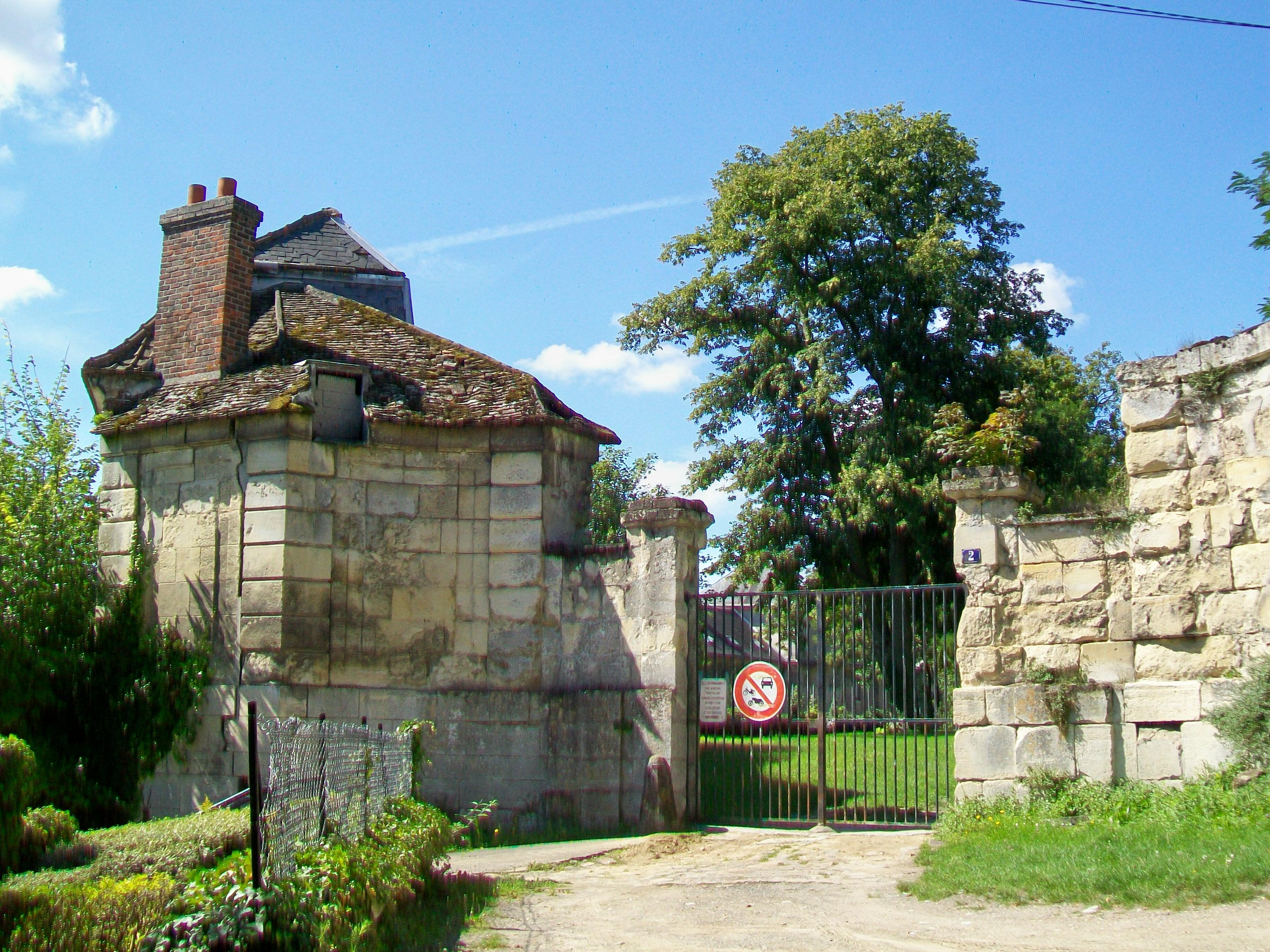 Fichier goussainville 95 vieux pays portail haut du for Piscine de goussainville