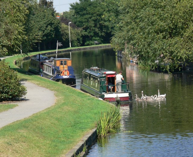 Grand Union Canal in Loughborough - geograph.org.uk - 553132
