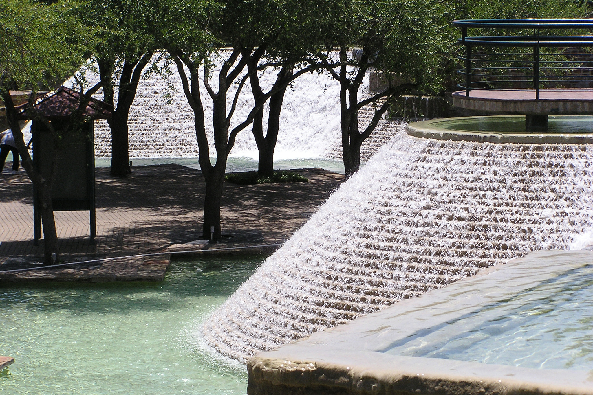 Hemisfair Park Fountain-P7030051.jpg