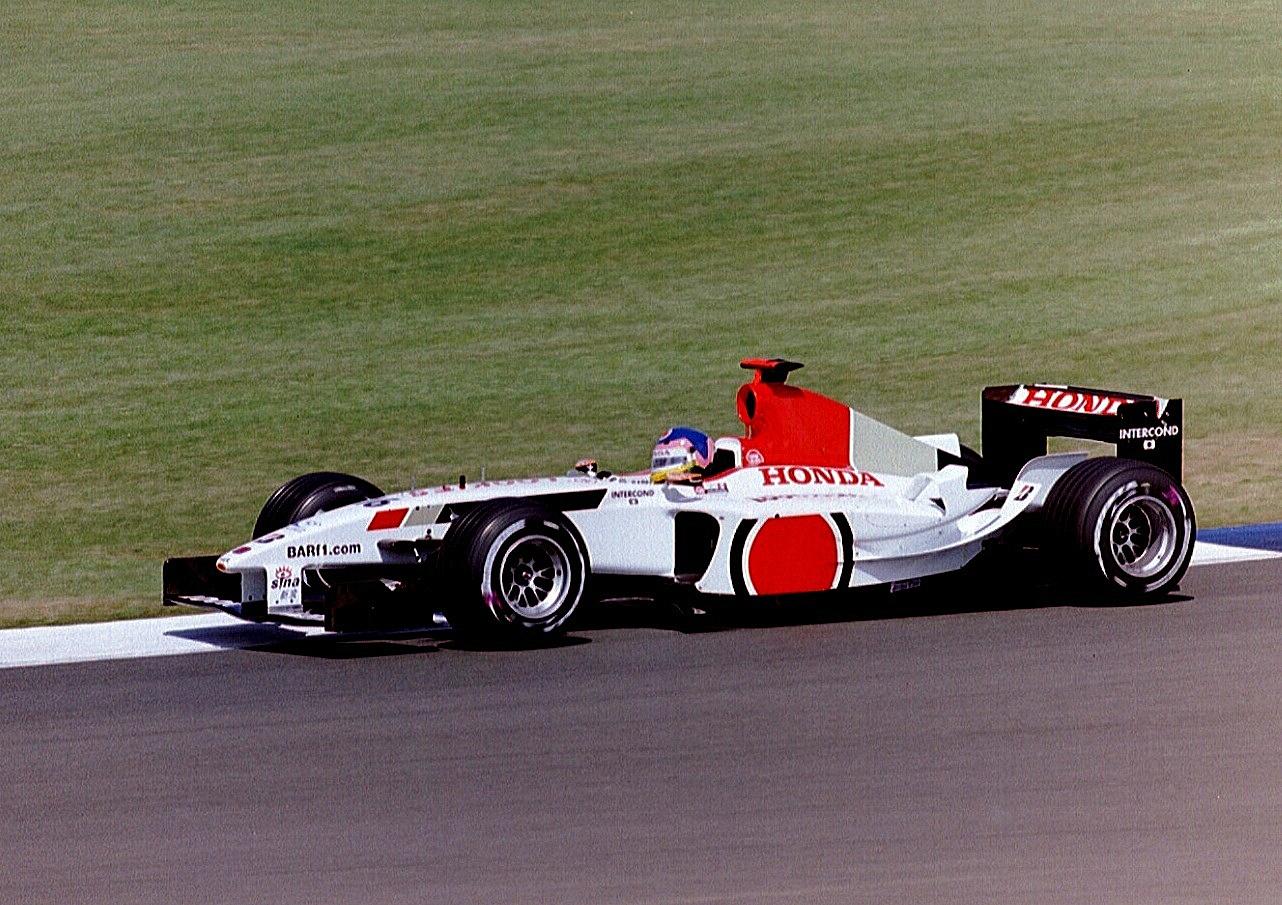 Jacques_Villeneuve_2003_Silverstone.jpg