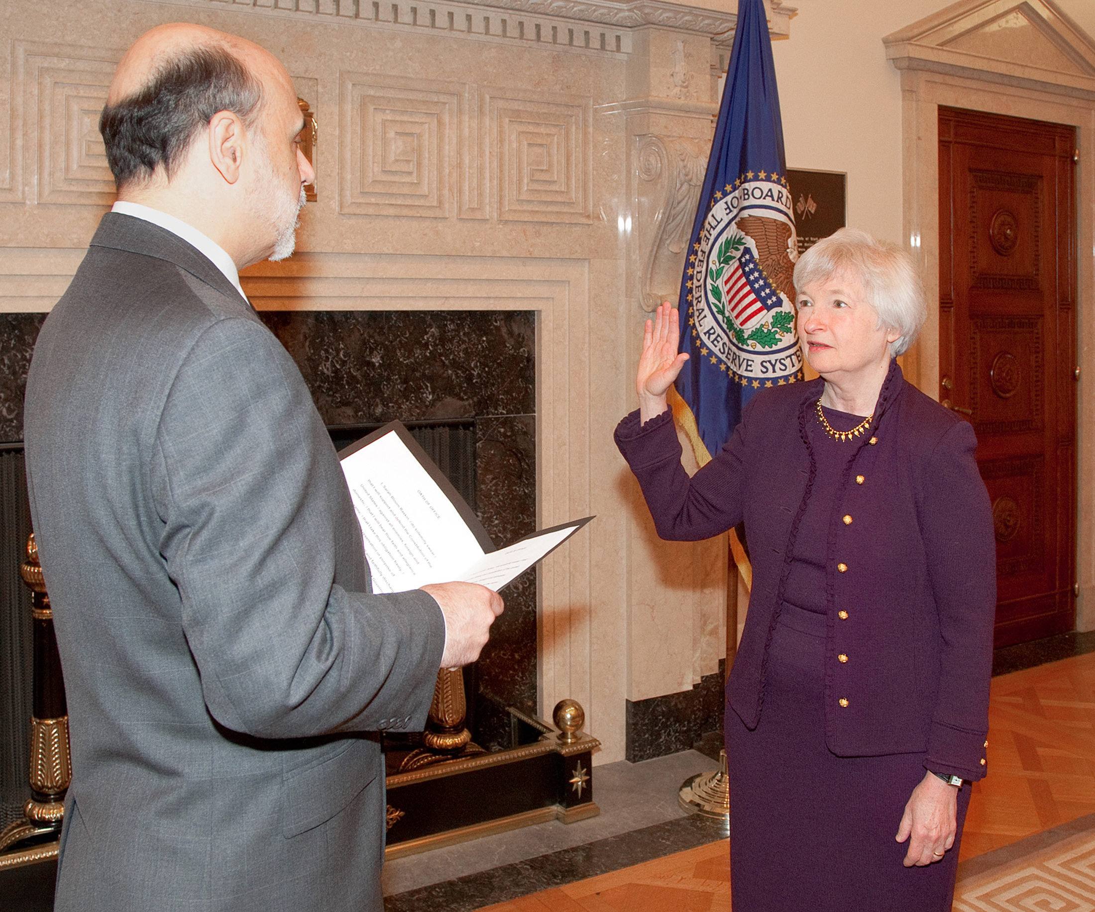 English: Janet Yellen being sworn in by Fed Ch...