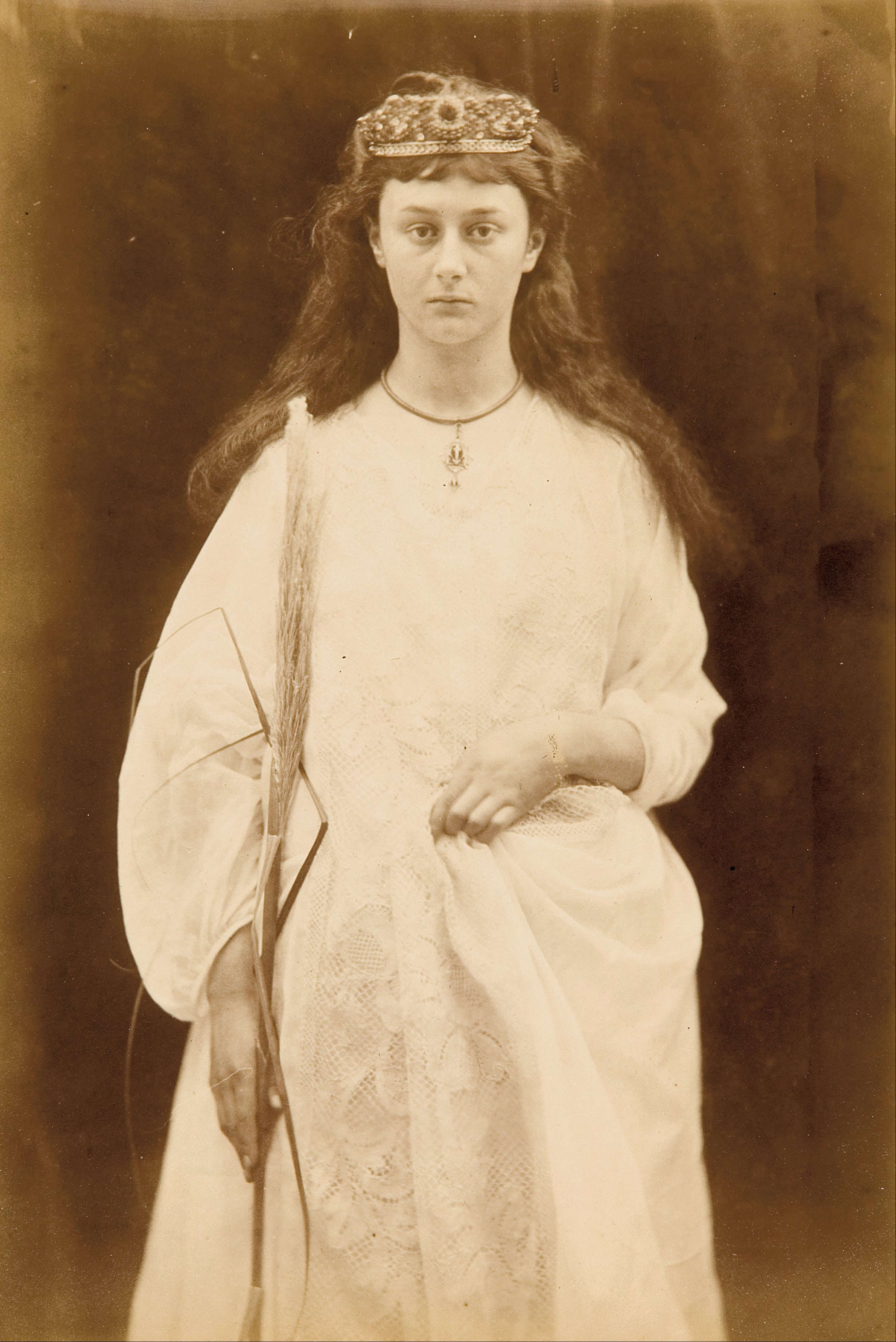 http://upload.wikimedia.org/wikipedia/commons/c/ca/Julia_M._Cameron_-_St_Agnes_(Alice_Liddell)_-_Google_Art_Project.jpg