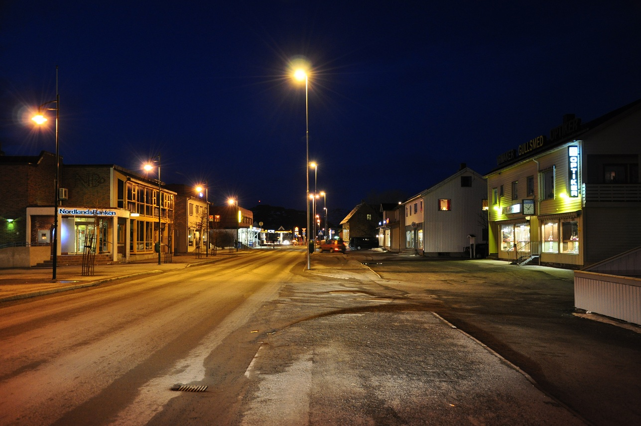 file leknes main street storgata vestv g y municipality lofoten nordland norway jpg. Black Bedroom Furniture Sets. Home Design Ideas