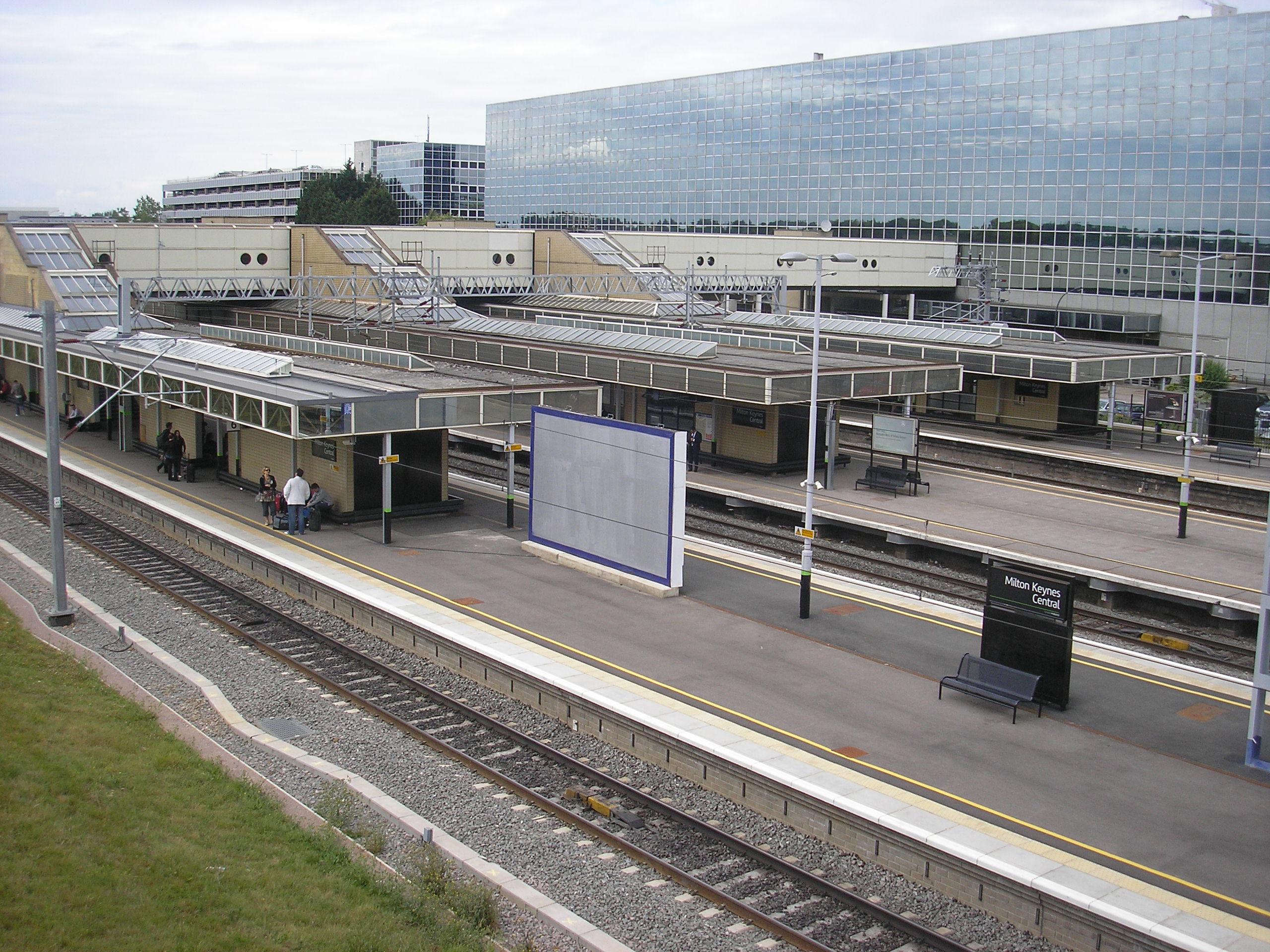 Car Parking At Milton Keynes Railway Station