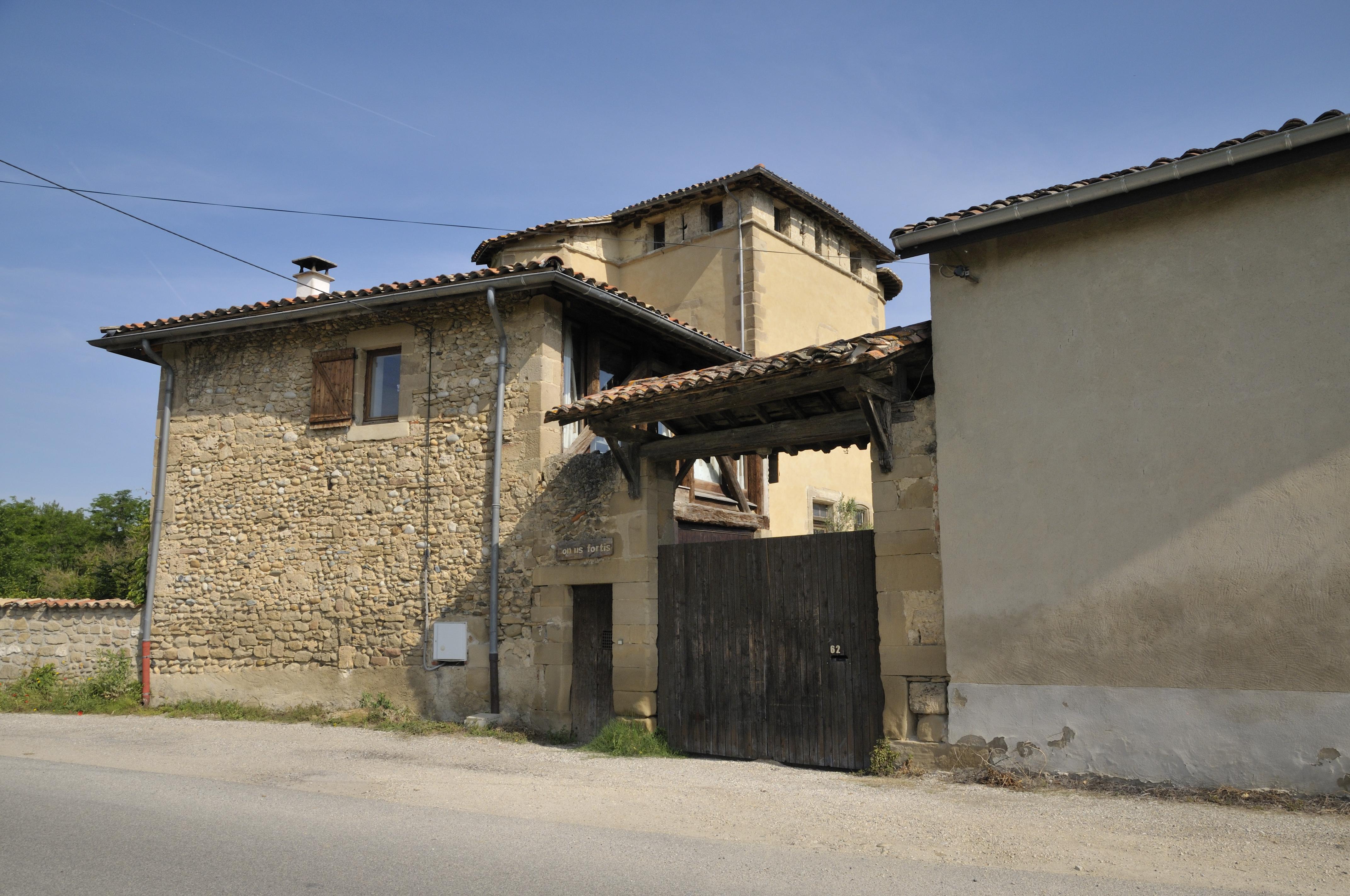 fichier maison forte mours saint eusebe jpg wikip dia