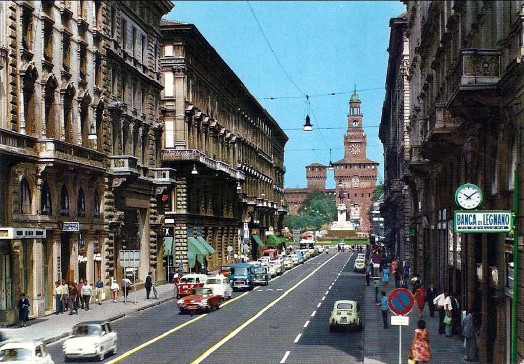 File milano via dante wikimedia commons for Vie di milano