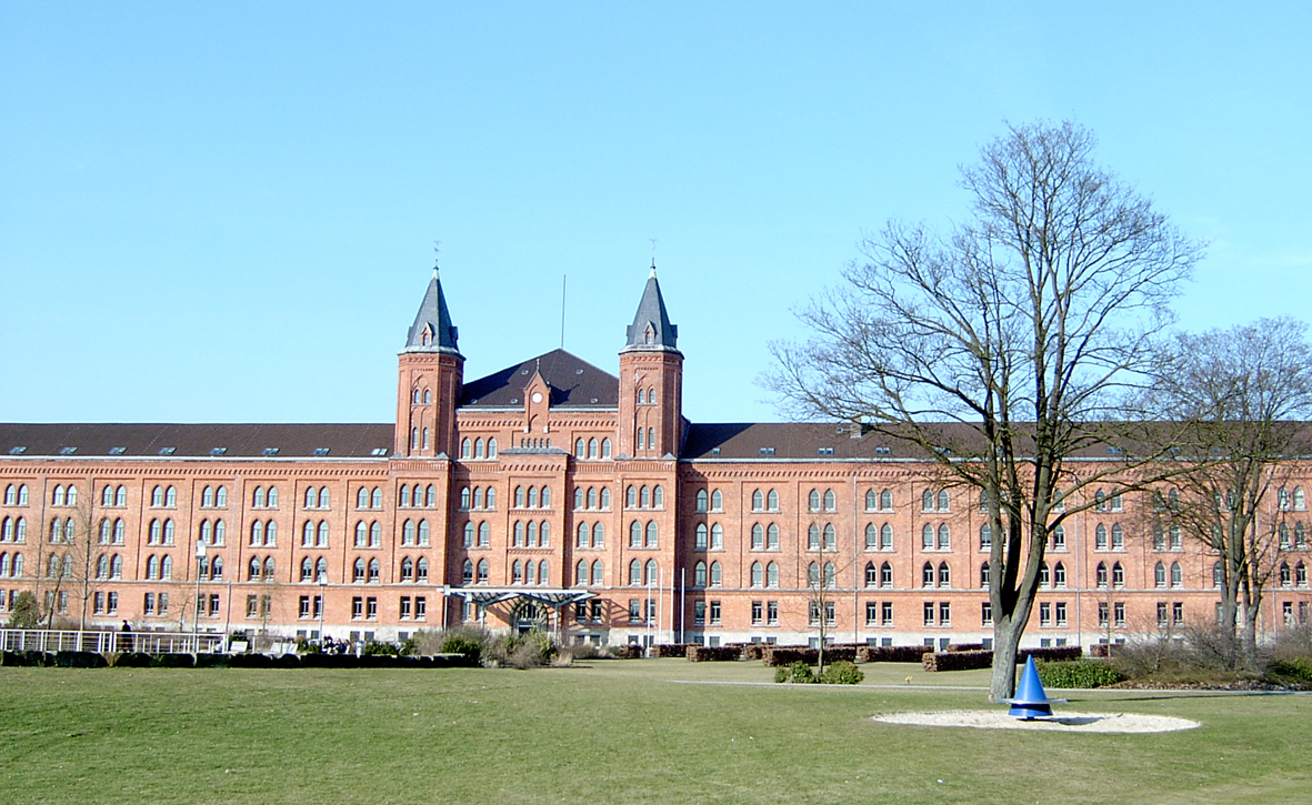 Celle Germany  city photo : Neues Rathaus Celle Wikipedia, the free encyclopedia