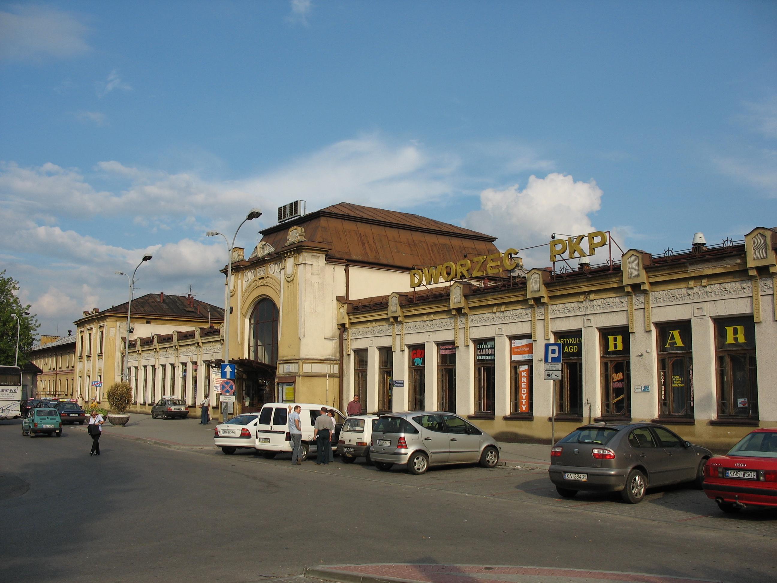 File Nowy Sacz Dworzec PKP jpg  Wikimedia Commons -> Kuchnie Kaflowe Nowy Sacz