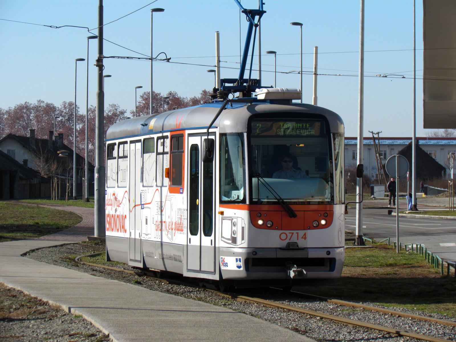 Datei:Osijek tramvaj 2012.jpg