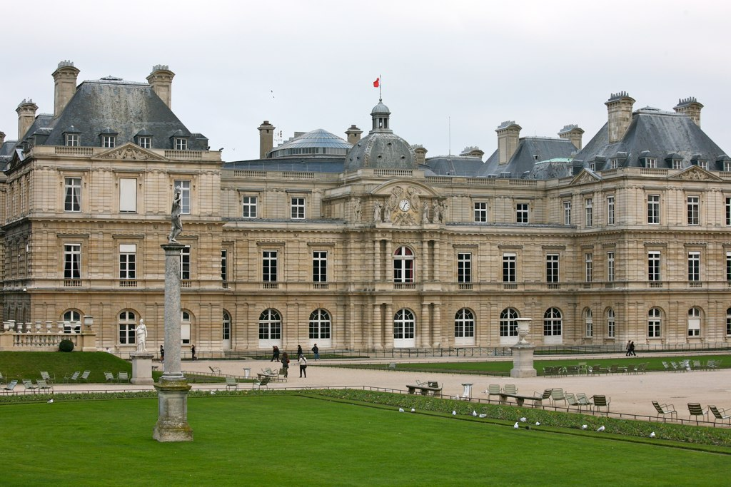 File palais jardin du luxembourg paris france 4199662250 for Buvette des marionnettes du jardin du luxembourg