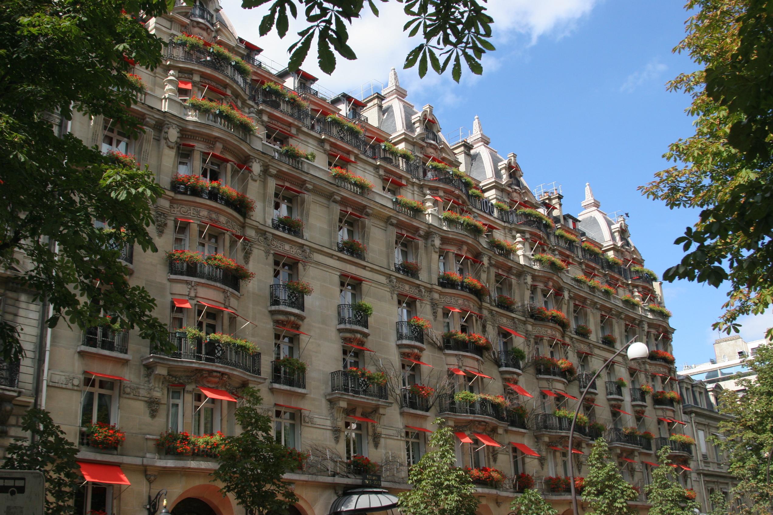 File Paris 75008 Avenue Montaigne 23 H Tel Plaza Ath N E