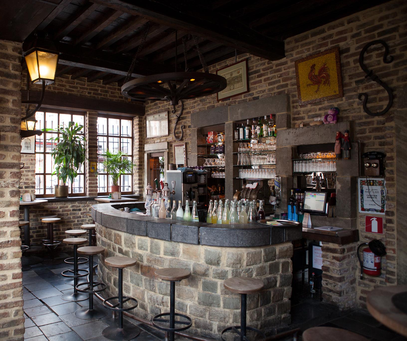 Photo_Bar_Maison_duPeket Frais De Meuble Bar Merisier Concept