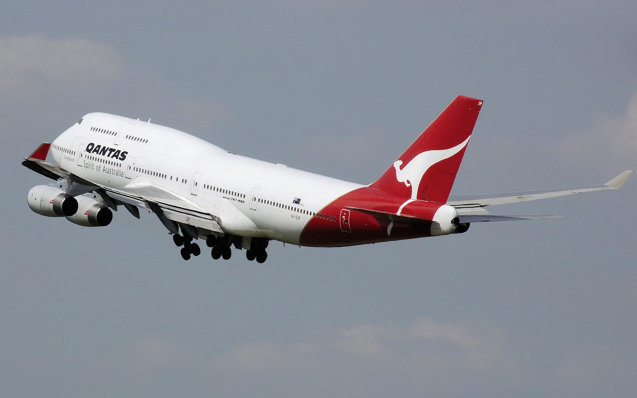 qantas international We would like to show you a description here but the site won't allow us.