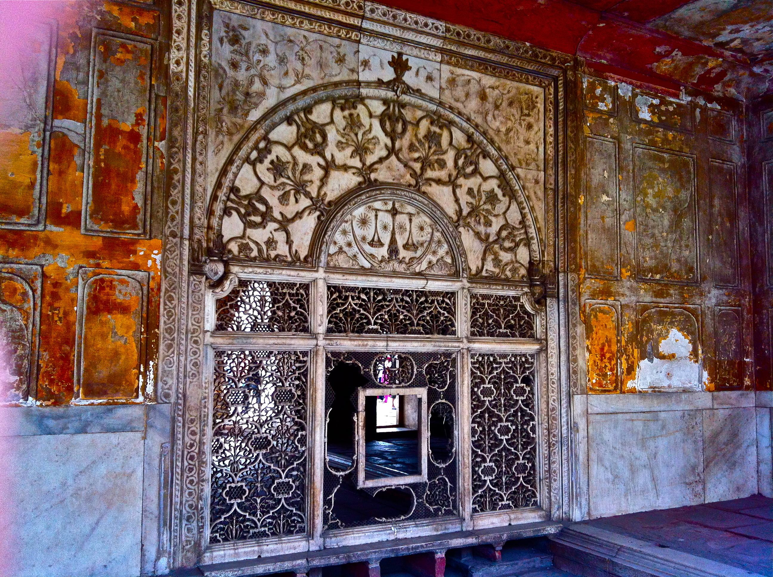 Who Built Red Fort in Delhi File:red Fort Delhi